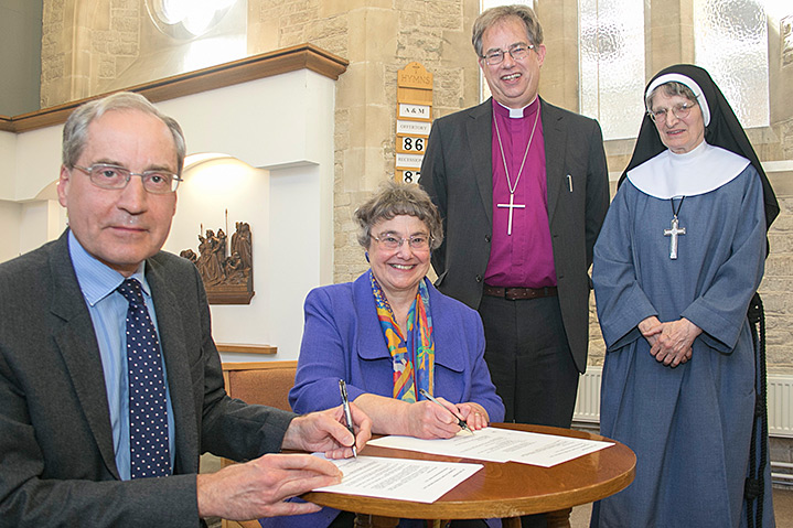 Educational partnership blessed by the Bishop of Oxford